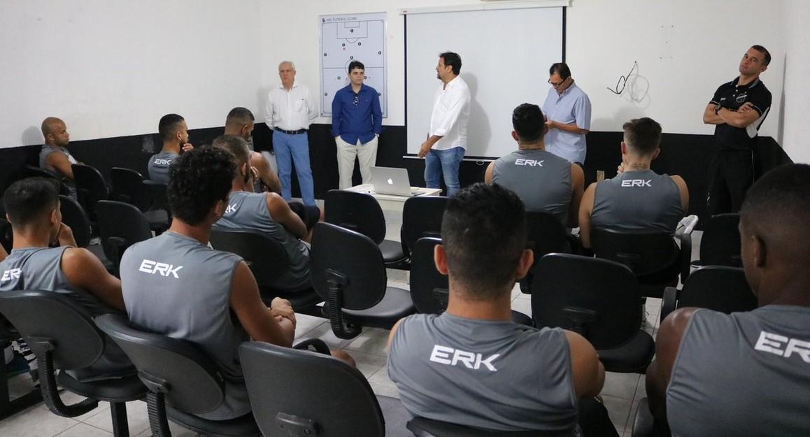 ABC se apresenta com reforços e inicia avaliações e treinos físicos