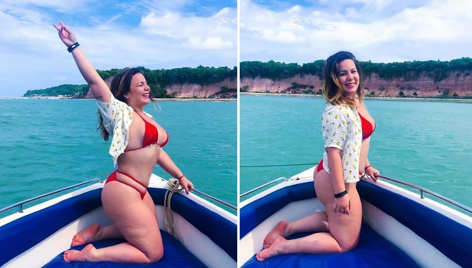 Ex-BBB Maria Cláudia exibe corpo sem retoques ao posar de biquíni