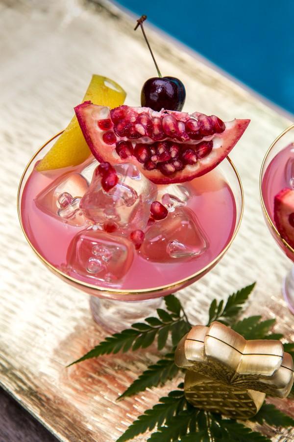 Aprenda seis receitas de drinks para fazer no fim de semana