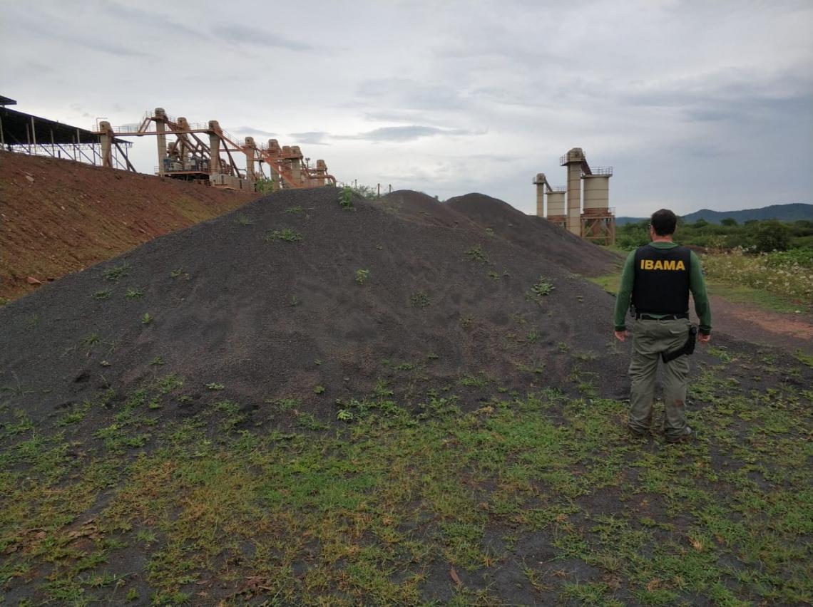 Rio Poti é contaminado com rejeito de minério de ferro no Ceará
