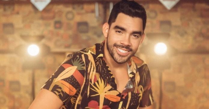 """Sambista detona Gabriel Diniz e diz que cantor embriagado """"humilhou"""" banda durante show"""