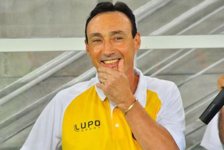 Roberto Fonseca confirma negociação com o ABC
