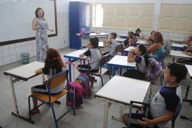 Prefeitura de Natal convoca 24 professores e anuncia novo concurso para cargos efetivos