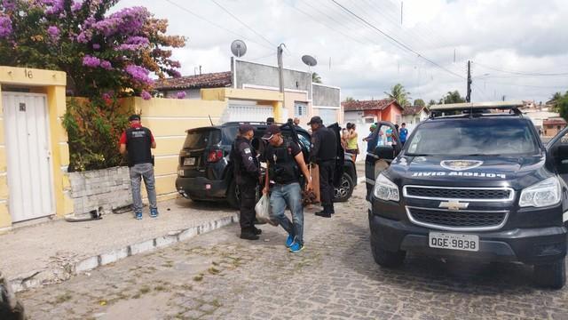 Dois assaltantes morrem e quatro são presos após confrontos com a Polícia Civil na Grande Natal