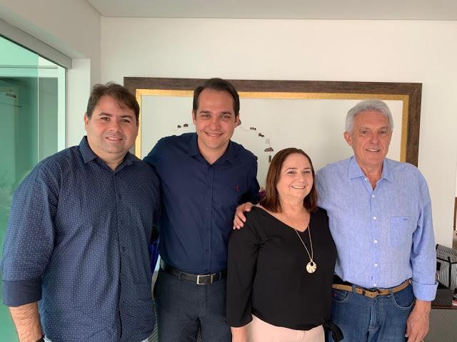 Elienai Cartaxo fecha com PL e partido em Parnamirim segue com a vice-prefeita