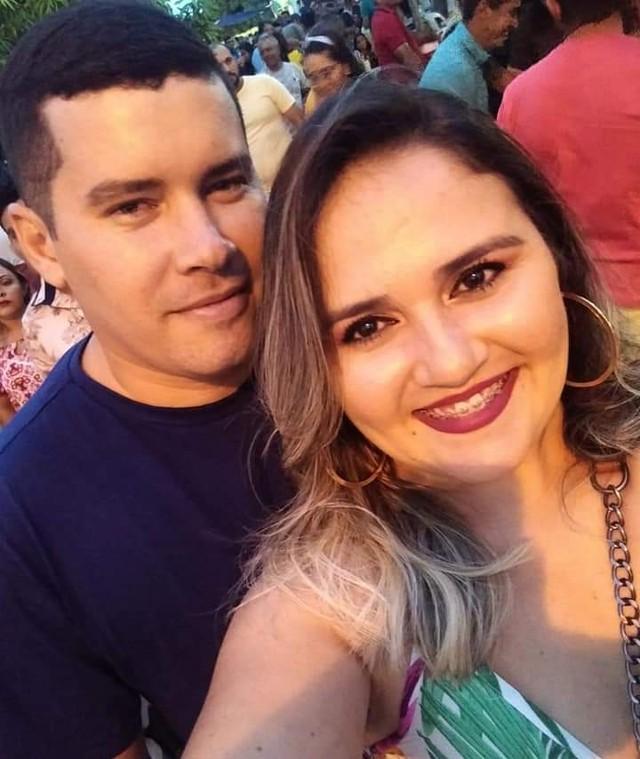 Caminhão desvia de veículo que forçou ultrapassagem, bate em moto e mata casal no interior do RN