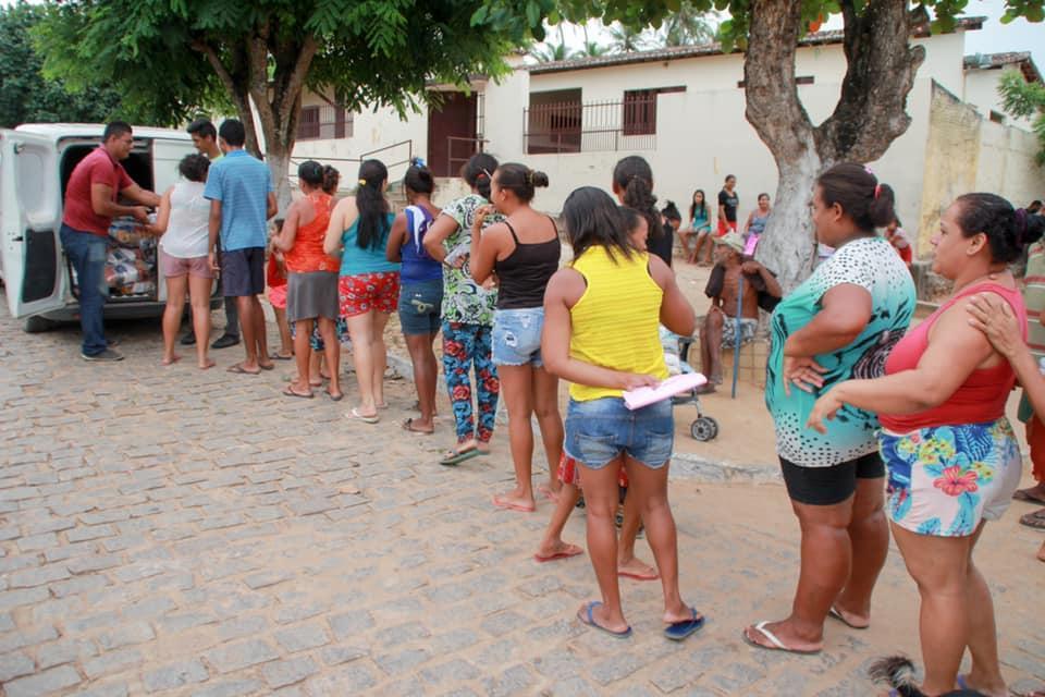 SECRETARIA DE ASSISTÊNCIA SOCIAL DE AREZ REALIZA DOAÇÃO DE CESTAS BÁSICAS PARA FAMÍLIAS DO MUNICÍPIO