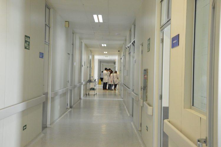 Hospitais privados do RN não podem recusar pacientes com covid-19, diz Sesap