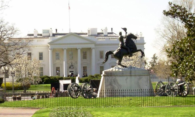 Covid-19 mata mordomo da Casa Branca que trabalhou com 11 presidentes