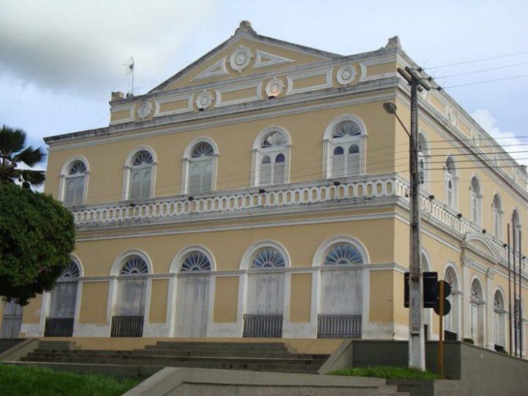 Prefeito de Ceará-Mirim decreta fechamento do comércio em virtude da pandemia