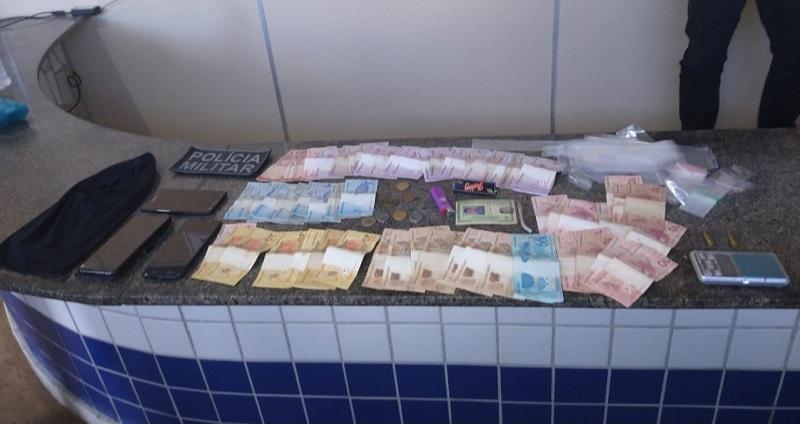 POLÍCIA MILITAR PRENDE SUSPEITO DE TRÁFICO DROGAS EM SÃO JOSÉ DE MIPIBU