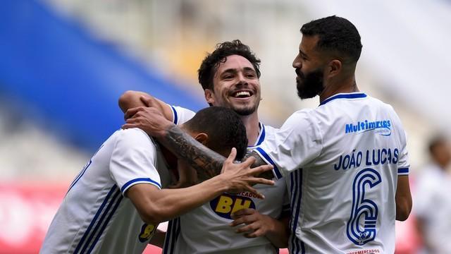 Cruzeiro passa fácil pelo Patrocinense e vai à final do Troféu Inconfidência