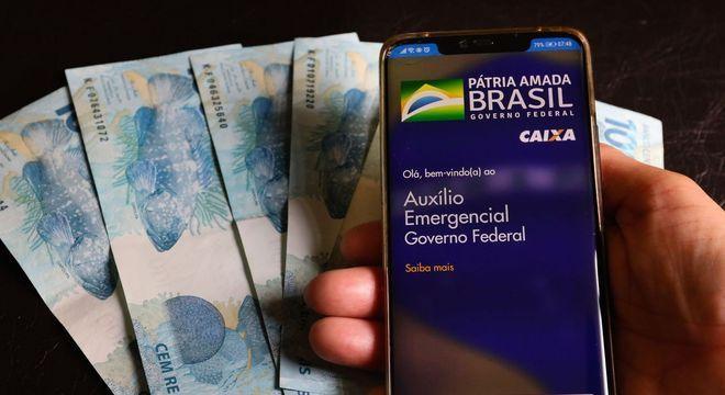 Caixa deposita novas parcelas do auxílio emergencial para 3,3 milhões