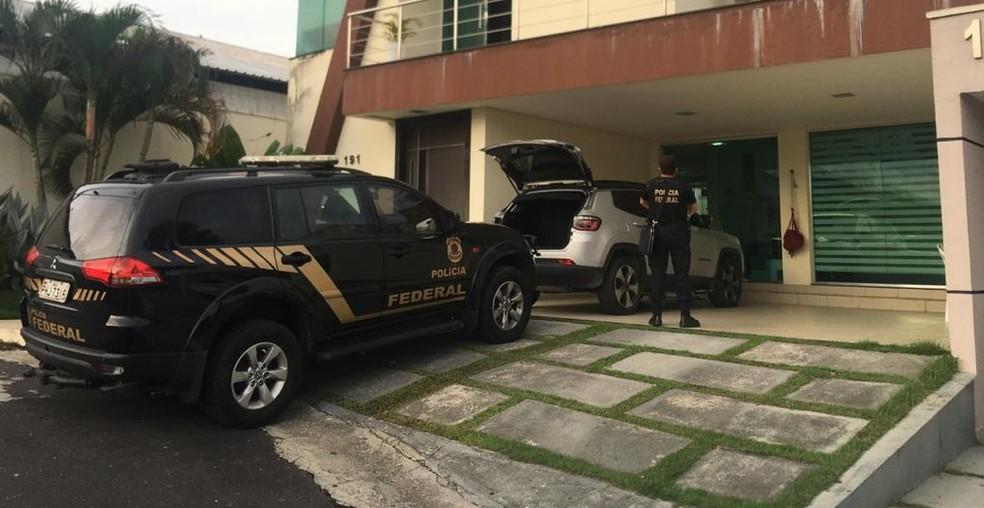 'Carga Viva': PF deflagra operação contra traficantes que mandavam drogas do AM para RN e PB em caminhões boiadeiros
