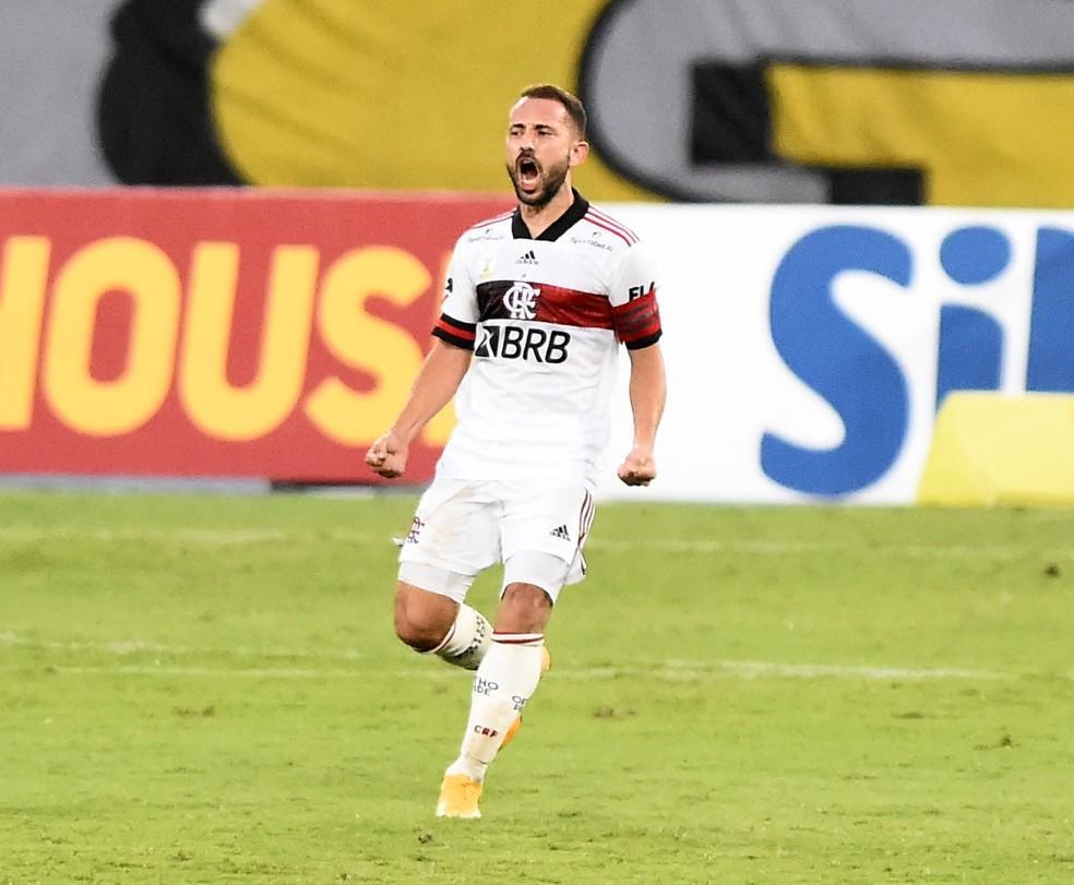 Everton Ribeiro deixa decisão nas mãos do Flamengo, e clube exige acordo de até R$ 65 mi por venda ao Al Nassr