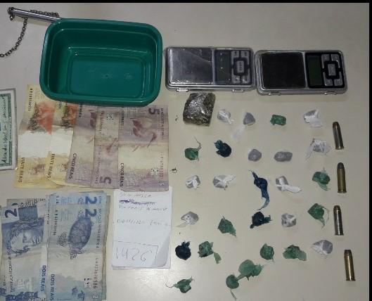 PM captura casal com drogas e munições na zona Norte de Natal