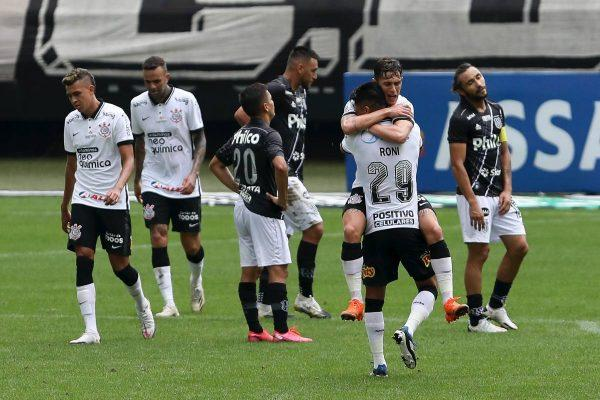 Corinthians vira sobre a Ponte Preta e vence a primeira no Paulistão