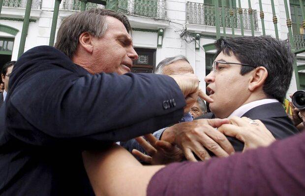 Em áudio revelado por Kajuru, Bolsonaro diz que 'sairia na porrada' com o 'bosta' do senador Randolfe