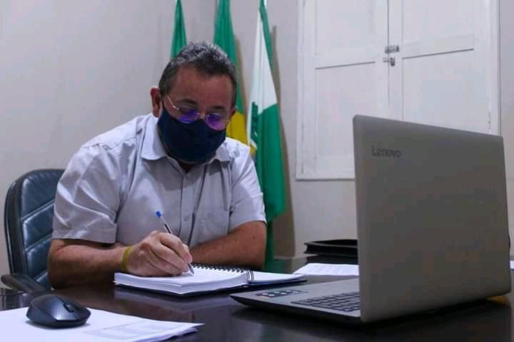 PREFEITO ANTÔNIO FREIRE CONCEDE ENTREVISTA NESTA QUINTA (08/04) AO PORTAL CORREIO DO AGRESTE