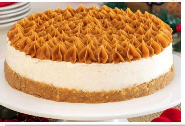 Adoce seu sábado com uma deliciosa cheesecake de doce de leite